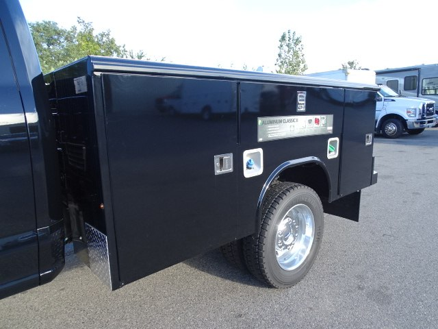 2018 F-450 Super Cab DRW 4x4,  Reading Service Body #CR4041 - photo 3