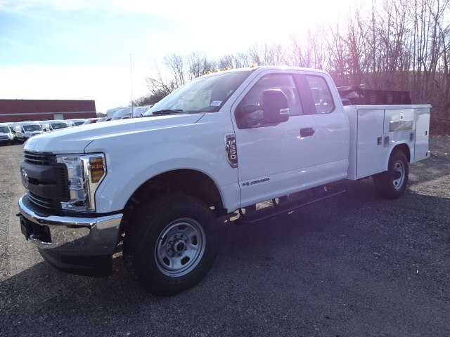 2019 F-350 Super Cab 4x4,  Reading Service Body #CR4524 - photo 3