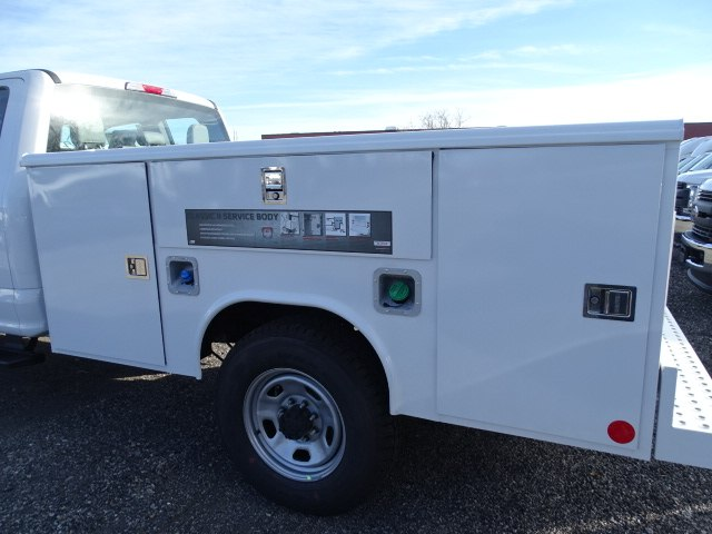 2019 F-350 Super Cab 4x4,  Reading Service Body #CR4524 - photo 2