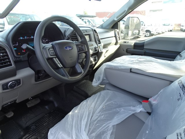 2019 F-350 Super Cab 4x4,  Reading Service Body #CR4524 - photo 5