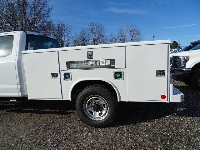 2019 F-350 Super Cab 4x4,  Reading Service Body #CR4605 - photo 3