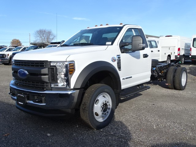 2019 F-550 Regular Cab DRW 4x4,  Cab Chassis #CR4771 - photo 3