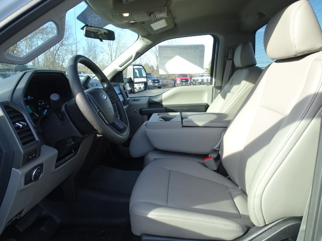 2019 F-550 Regular Cab DRW 4x4,  Cab Chassis #CR4771 - photo 5