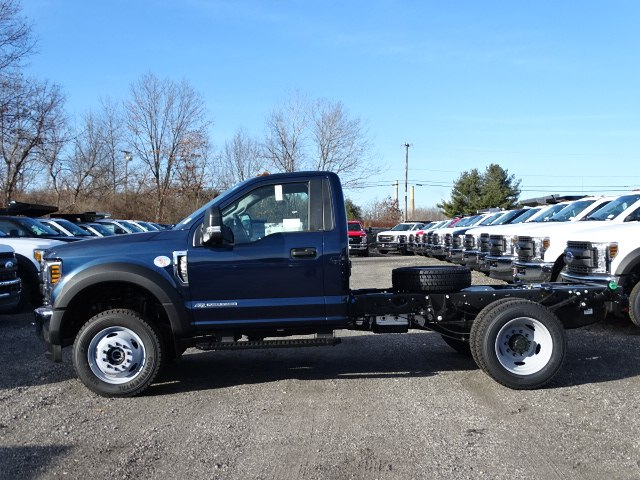 2019 F-550 Regular Cab DRW 4x4,  Cab Chassis #CR4984 - photo 3