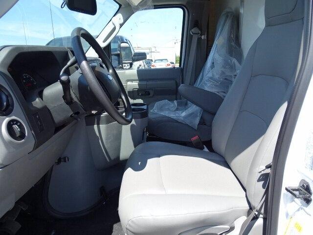 2019 Ford E-350 RWD, Supreme Iner-City Cutaway Van #CR5837 - photo 6