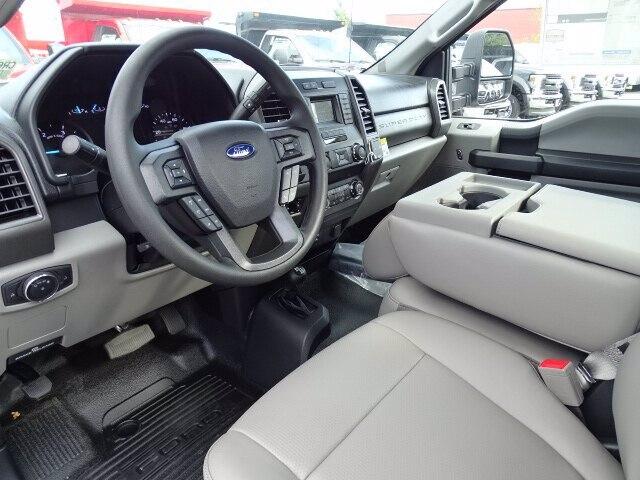 2019 Ford F-550 Regular Cab DRW 4x4, Rugby Eliminator LP Steel Dump Body #CR6154 - photo 4