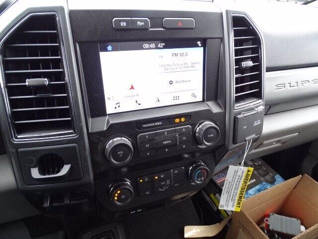 2019 F-550 Regular Cab DRW 4x4, Dejana DuraBox Dry Freight #CR6488 - photo 7