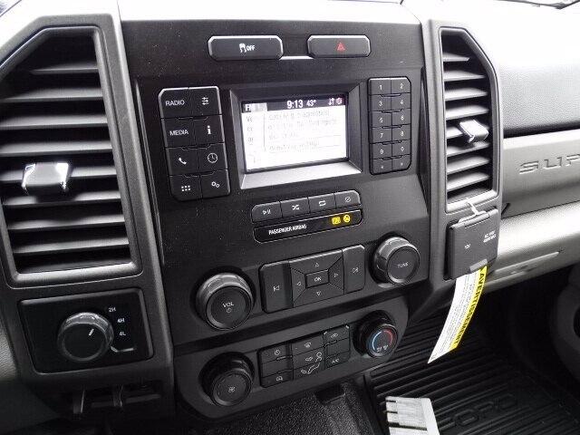 2020 Ford F-350 Super Cab DRW 4x4, Reading Classic II Steel Service Body #CR6852 - photo 7