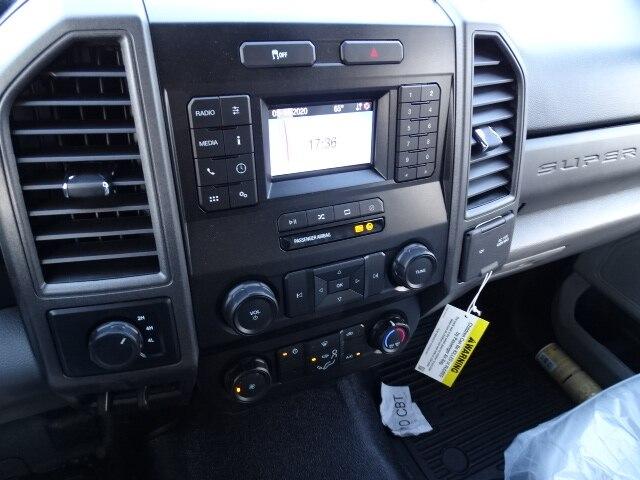 2020 F-550 Regular Cab DRW 4x4, Switch N Go Hooklift Body #CR7011 - photo 7