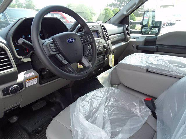2020 Ford F-550 Regular Cab DRW 4x4, Knapheide Value-Master X Stake Bed #CR7167 - photo 4