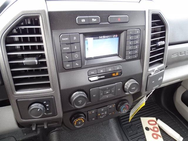 2020 Ford F-550 Regular Cab DRW 4x4, Reading Classic II Steel Service Body #CR7449 - photo 8