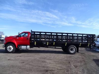 2021 Ford F-750 Regular Cab DRW 4x2, SH Truck Bodies Stake Bed #CR8041 - photo 3