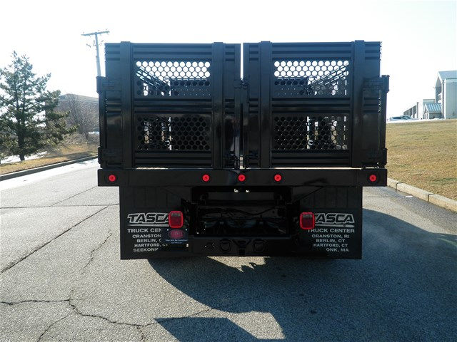 2016 F-550 Super Cab DRW 4x4, Reading Stake Bed #CR9599 - photo 2