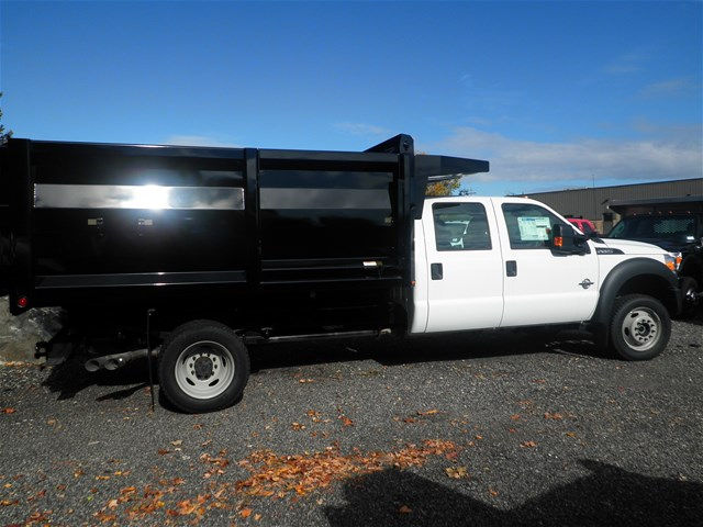 2016 F-550 Crew Cab DRW 4x4, Rugby Landscape Dump #CR9840 - photo 7