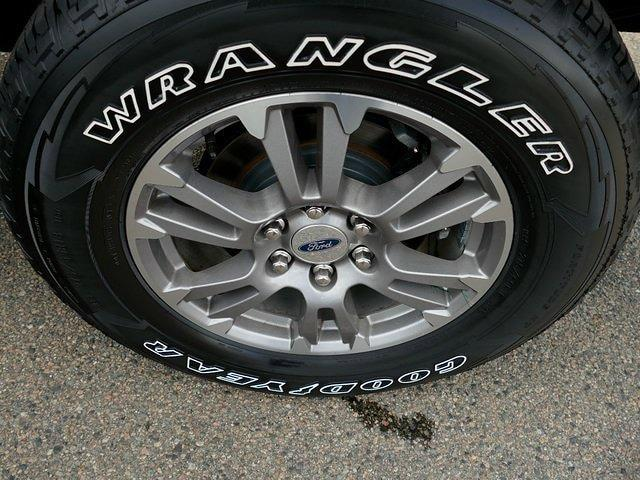 2020 Ford F-150 SuperCrew Cab 4x4, Pickup #IP6047 - photo 8