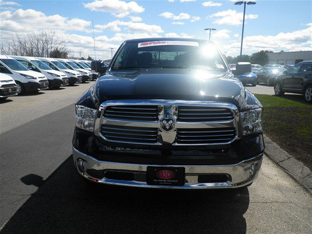 2018 Ram 1500 Crew Cab 4x4, Pickup #P8592 - photo 3