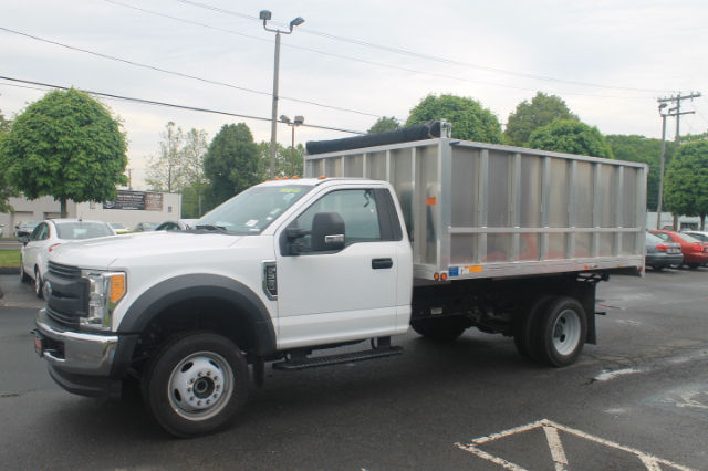 2017 F-550 Regular Cab DRW 4x4 Landscape Dump #G3773 - photo 3