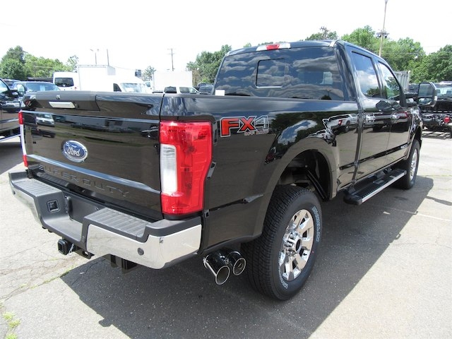 2017 F-250 Crew Cab 4x4 Pickup #G3911 - photo 2