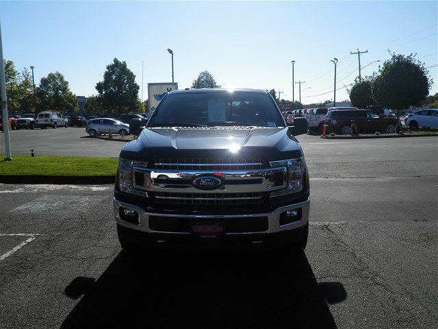 2018 F-150 Crew Cab 4x4, Pickup #G4104 - photo 3