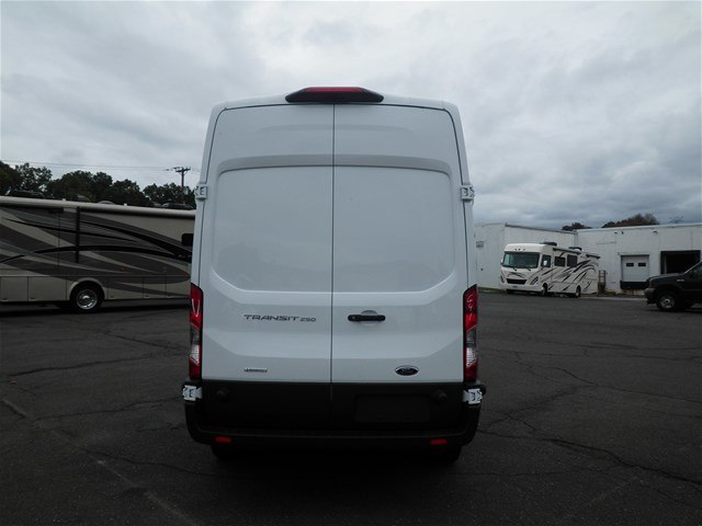 2018 Transit 250 Cargo Van #G4267 - photo 7