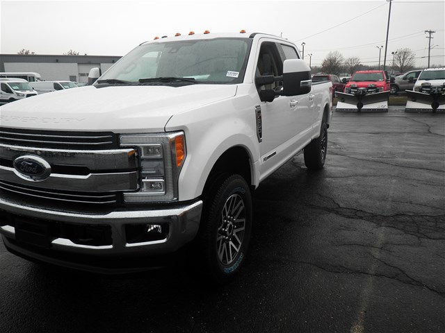 2017 F-350 Crew Cab 4x4, Pickup #G4380 - photo 4
