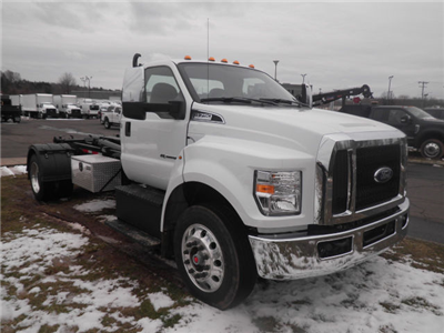2018 F-750 Regular Cab DRW, Cab Chassis #G4385 - photo 4
