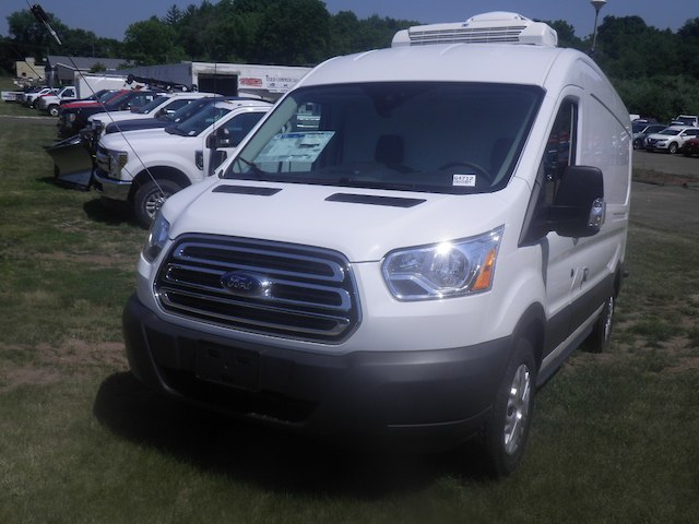 2018 Transit 250 Med Roof 4x2,  Refrigerated Body #G4712 - photo 4