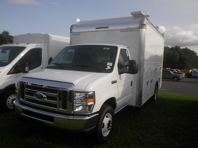 2018 E-450 4x2,  Dejana Truck & Utility Equipment Service Utility Van #G4980 - photo 4