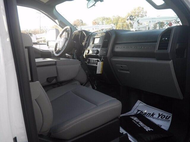 2020 Ford F-550 Super Cab DRW 4x4, Knapheide KMT Mechanics Body #G7048 - photo 6