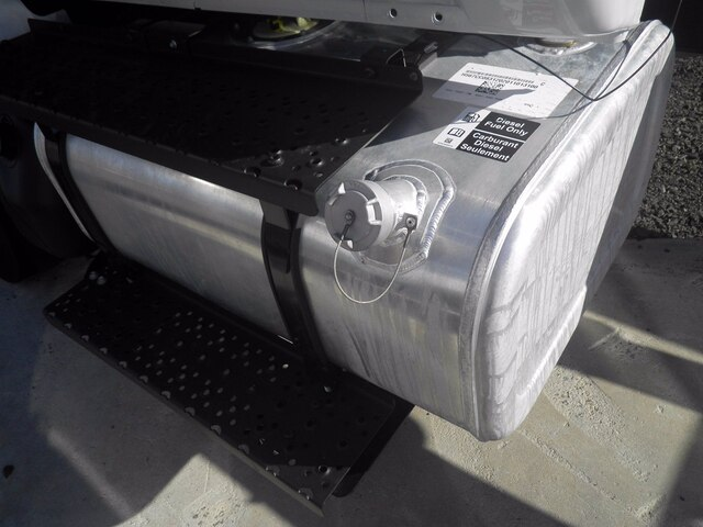 2021 Ford F-750 Regular Cab DRW 4x2, Cab Chassis #G7108 - photo 10
