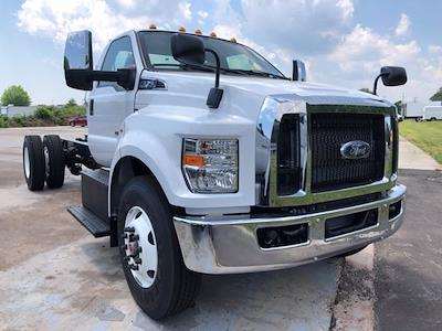 2022 Ford F-750 Regular Cab DRW 4x2, Cab Chassis #G7621 - photo 11