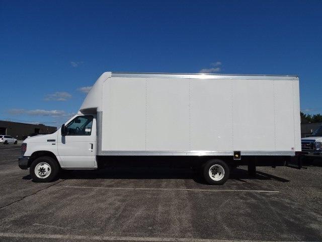 2019 Ford E-350 RWD, Rockport Cutaway Van #GCR5882 - photo 3
