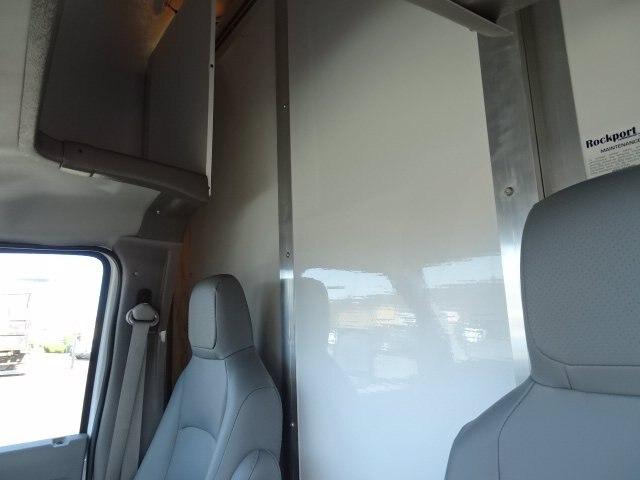 2019 Ford E-350 RWD, Rockport Cutaway Van #GCR5882 - photo 7