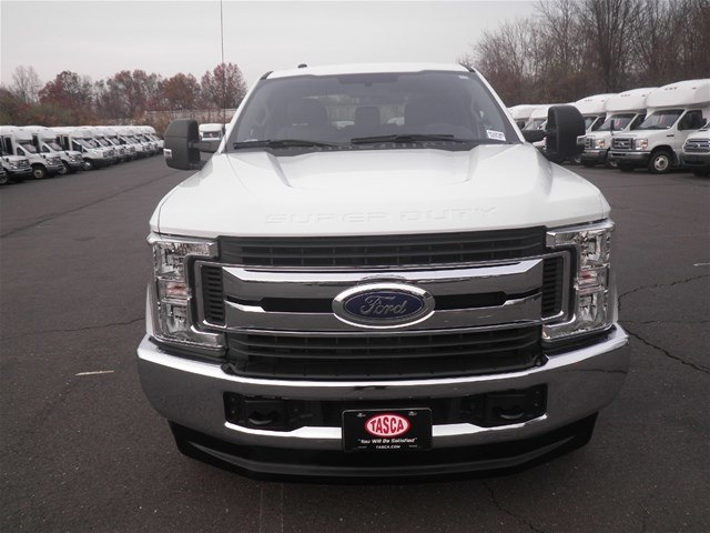2018 F-250 Crew Cab 4x4,  Pickup #H3295 - photo 3