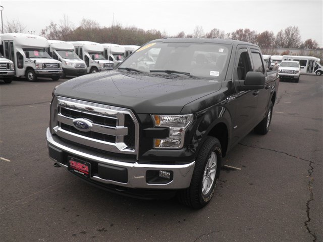 2016 F-150 SuperCrew Cab 4x4,  Pickup #H3318 - photo 4