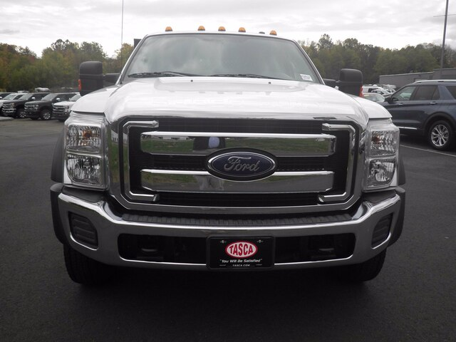 2016 Ford F-550 Crew Cab DRW 4x4, Stake Bed #H3812 - photo 2