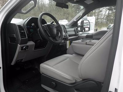 2019 Ford F-550 Regular Cab DRW 4x4, Landscape Dump #H3906 - photo 16