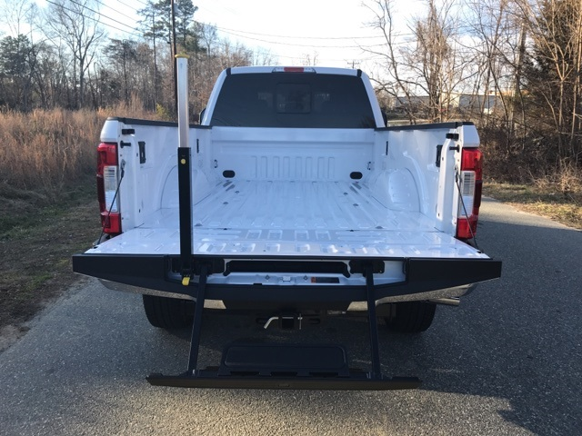 2017 F-250 Crew Cab 4x4 Pickup #177826 - photo 31