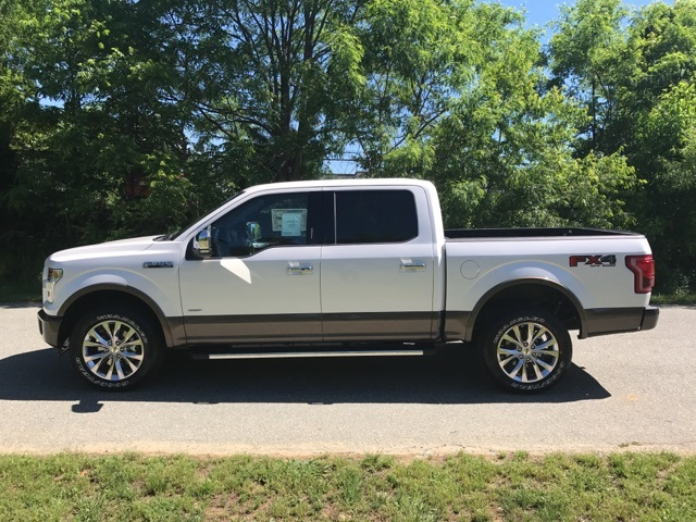 2017 F-150 Crew Cab 4x4 Pickup #177966 - photo 10