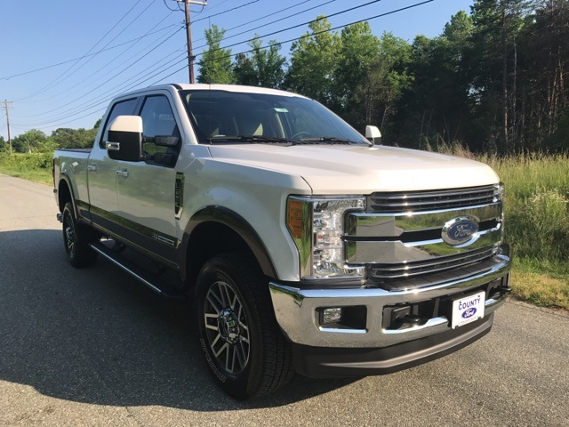2017 F-250 Crew Cab 4x4 Pickup #177989 - photo 3