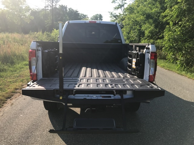 2017 F-250 Crew Cab 4x4 Pickup #177989 - photo 27