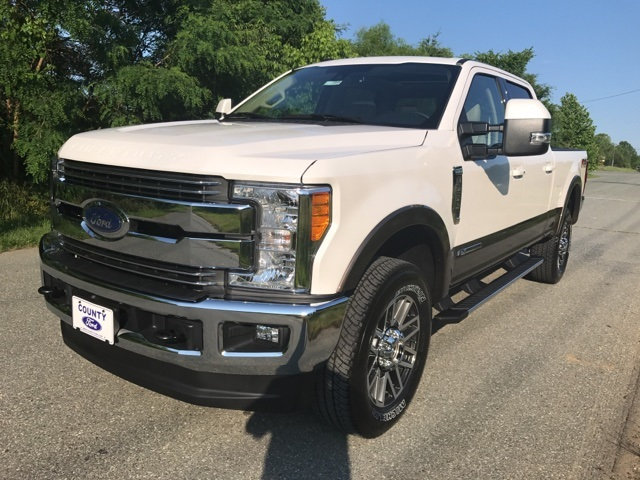 2017 F-250 Crew Cab 4x4 Pickup #177989 - photo 1