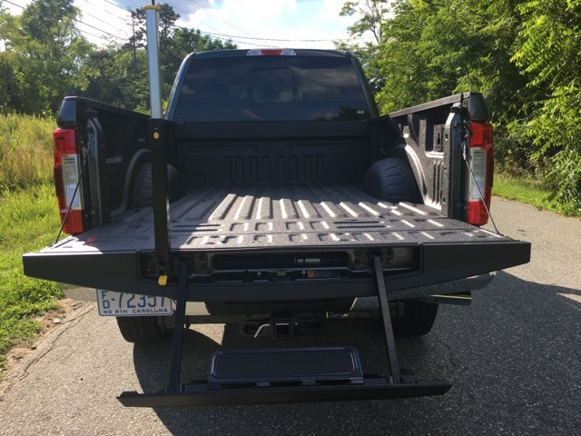2017 F-250 Crew Cab 4x4 Pickup #178040 - photo 11