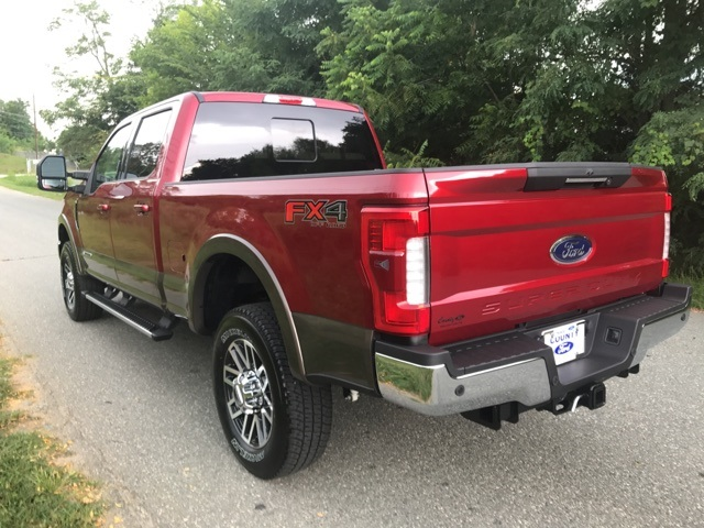 2017 F-250 Crew Cab 4x4 Pickup #178047 - photo 8