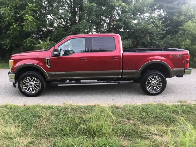 2017 F-250 Crew Cab 4x4 Pickup #178047 - photo 10
