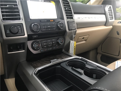 2017 F-250 Crew Cab 4x4 Pickup #178047 - photo 20