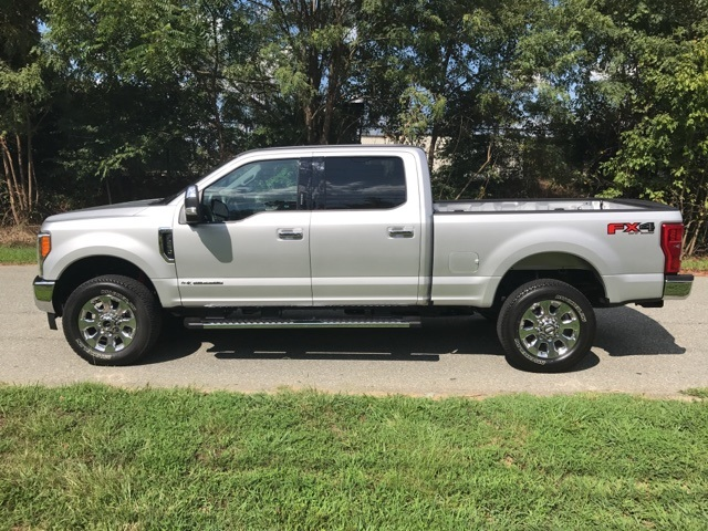 2017 F-250 Crew Cab 4x4, Pickup #178089 - photo 5