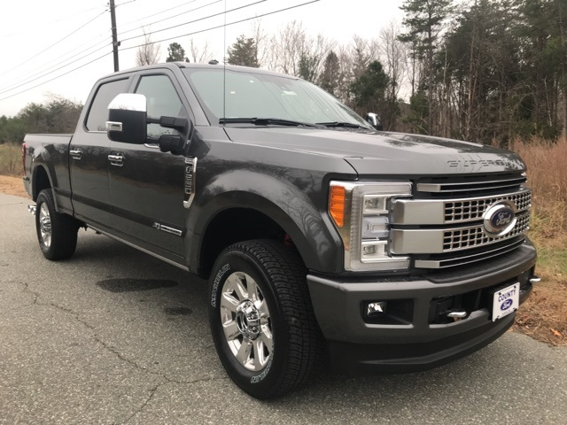 2017 F-250 Crew Cab 4x4 Pickup #178208 - photo 5