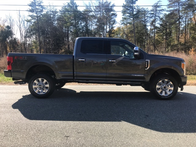 2017 F-250 Crew Cab 4x4 Pickup #178208 - photo 4