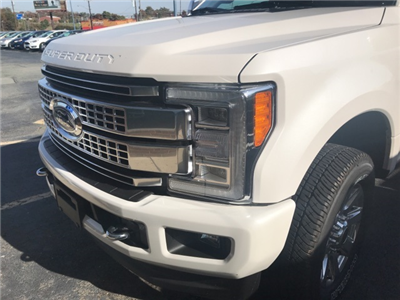2017 F-250 Crew Cab 4x4, Pickup #178240 - photo 4